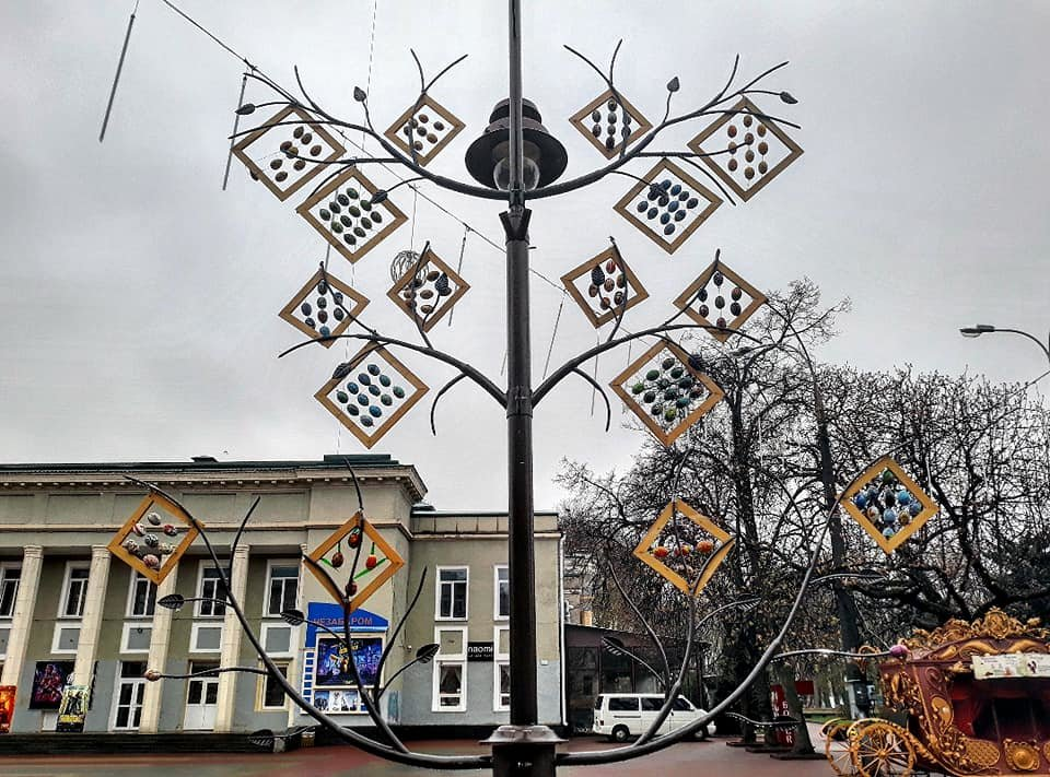 У Хмельницькому встановили велетенські писанки (фото, відео), фото-7