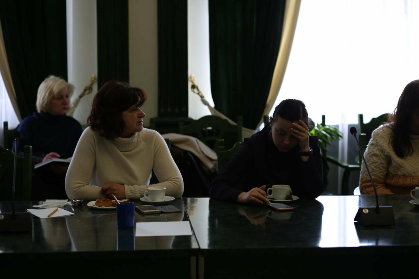 У Хмельницькому пройшов бізнес-сніданок з успішними жінками міста (фото), фото-2