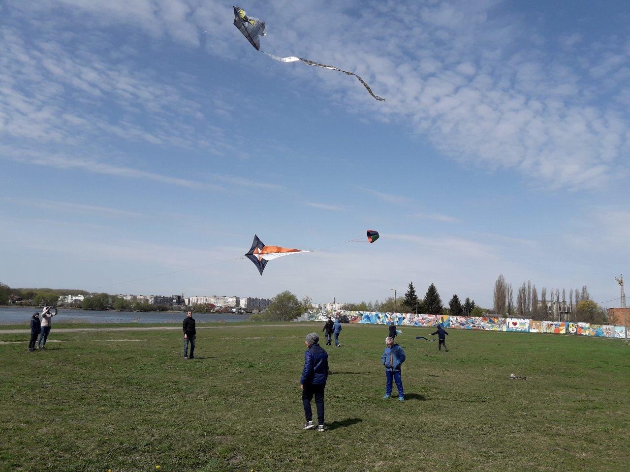 У Хмельницькому повітряні змії підкорювали небо (фото), фото-3