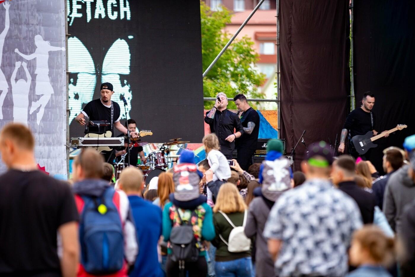 У Хмельницькому пройшов молодіжний фестиваль до Дня Молоді (фото), фото-1