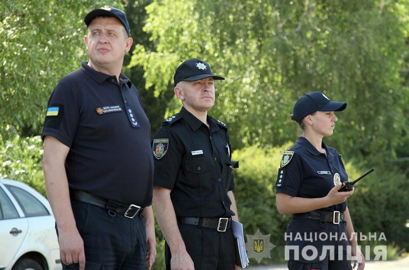 У Хмельницькому правоохоронці продовжують підготовку до забезпечення публічної безпеки і порядку під час виборів , фото-7
