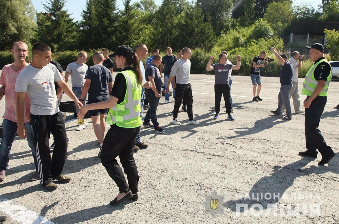 У Хмельницькому правоохоронці продовжують підготовку до забезпечення публічної безпеки і порядку під час виборів , фото-1