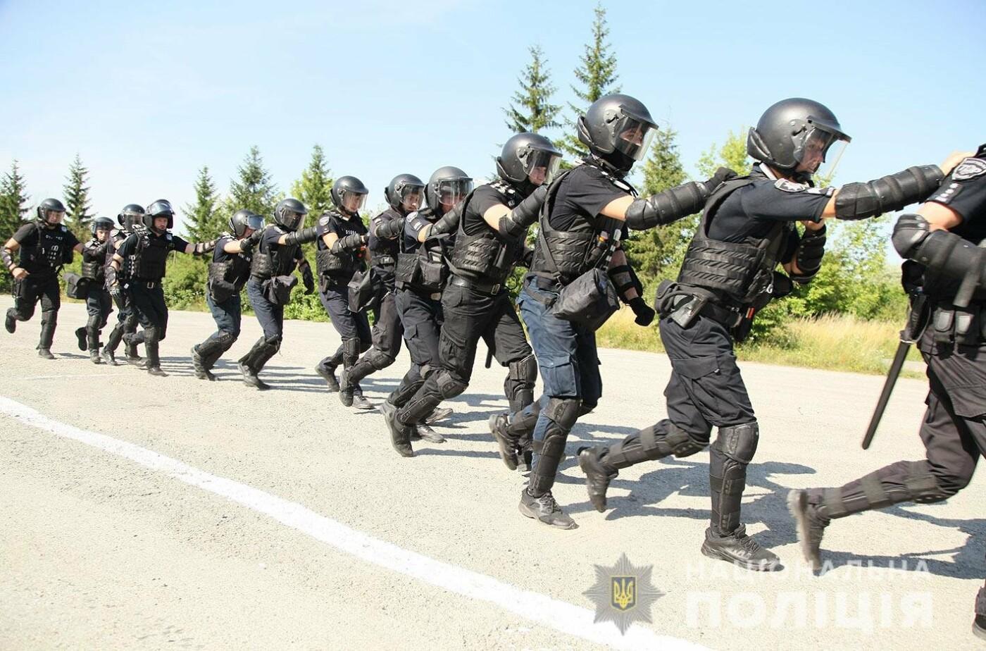 У Хмельницькому правоохоронці продовжують підготовку до забезпечення публічної безпеки і порядку під час виборів , фото-3