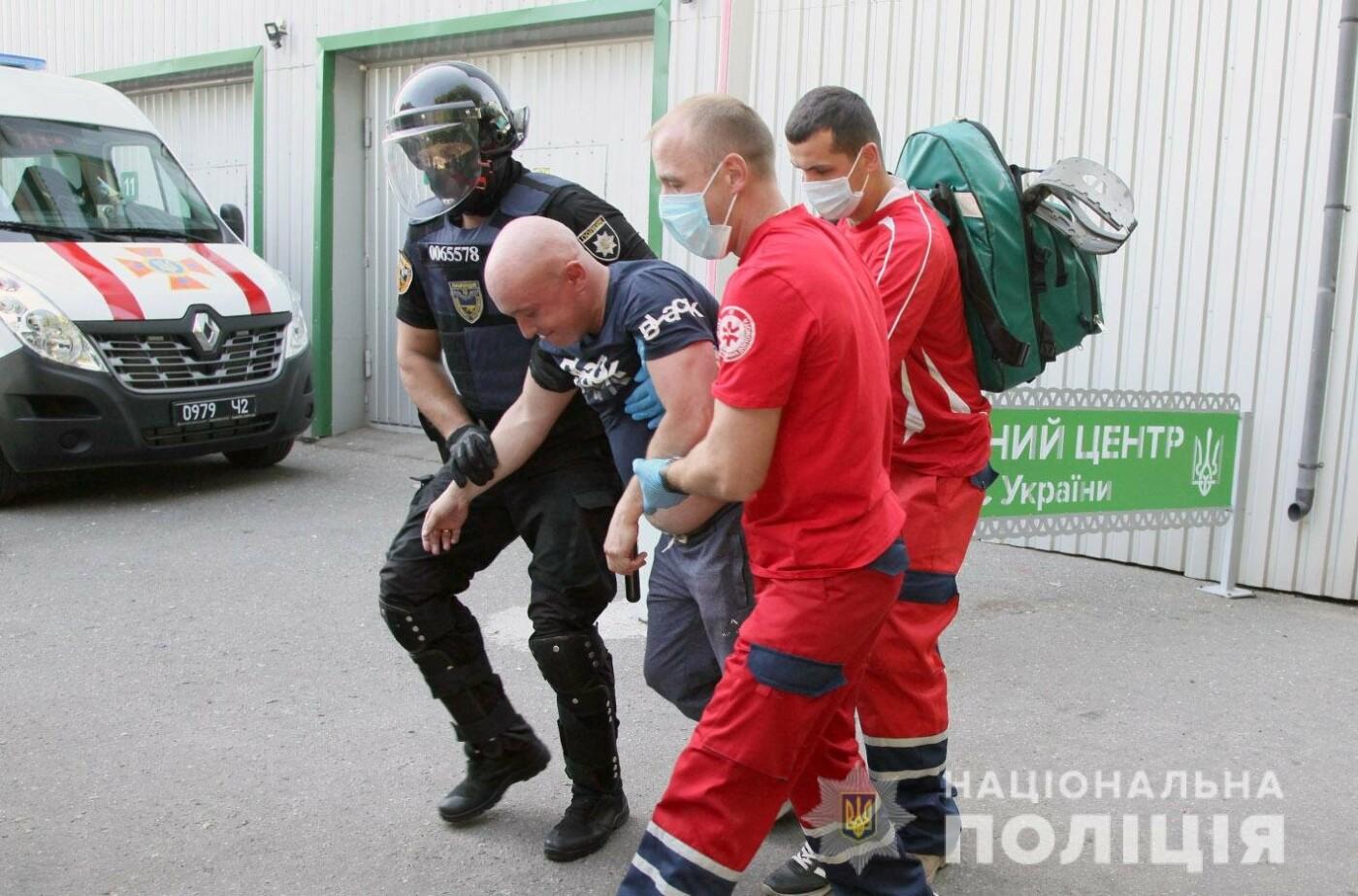 У Хмельницькому правоохоронці продовжують підготовку до забезпечення публічної безпеки і порядку під час виборів , фото-9