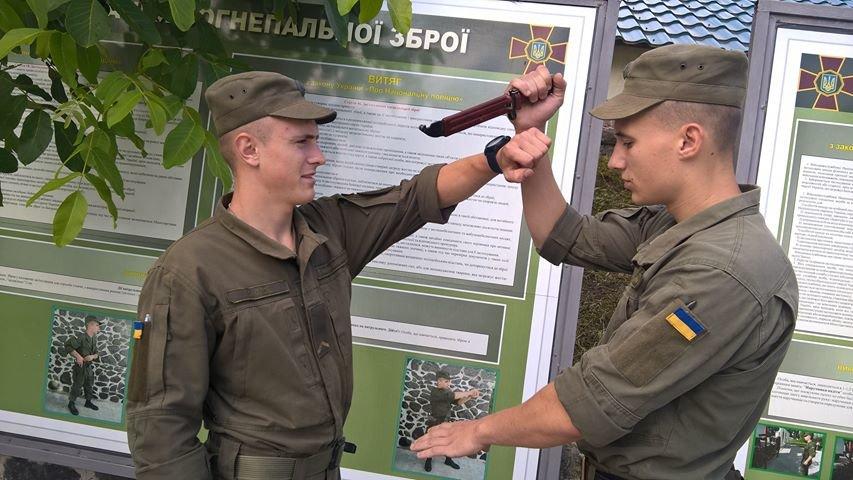 У Хмельницькому правоохоронці все частіше затримують молодиків з наркотиками, фото-1