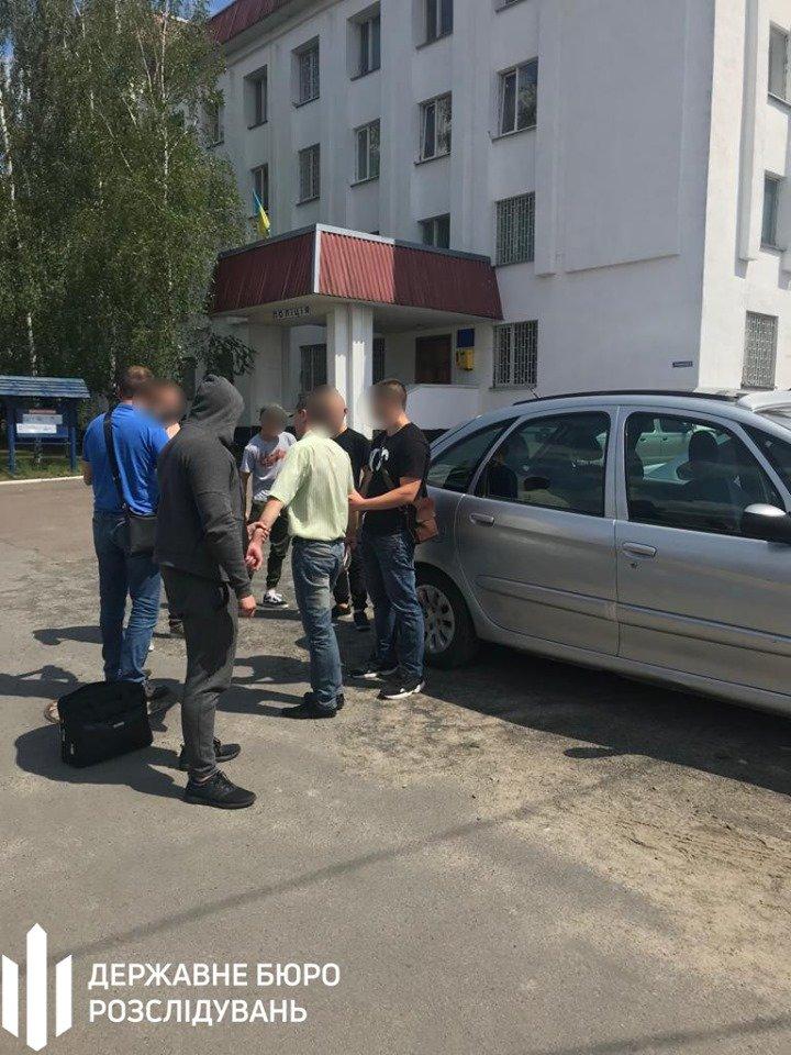 Хмельницькі правоохоронці затримали посадовця відділу Нацполіції (фото), фото-3