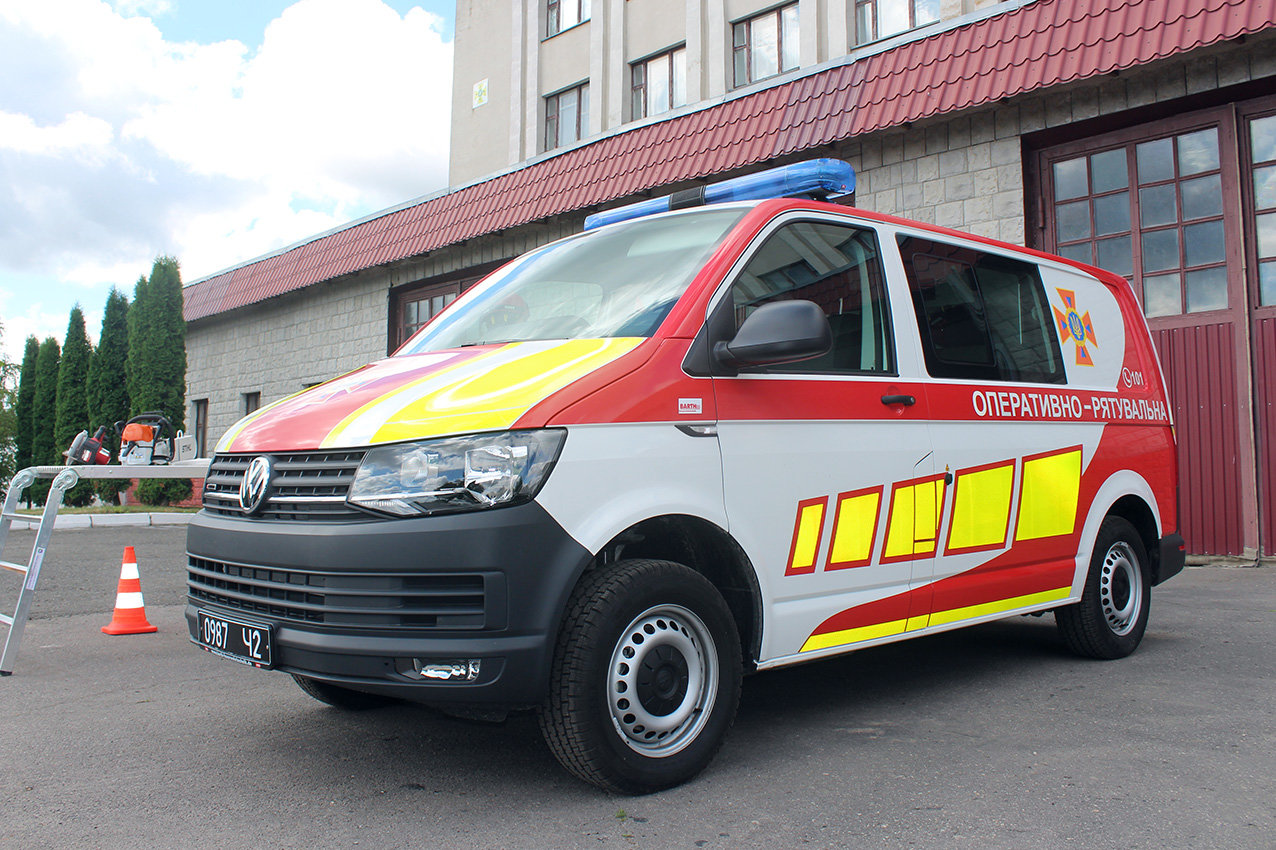 Рятувальники Хмельниччини отримали сучасний мультифункціональний автомобіль , фото-6