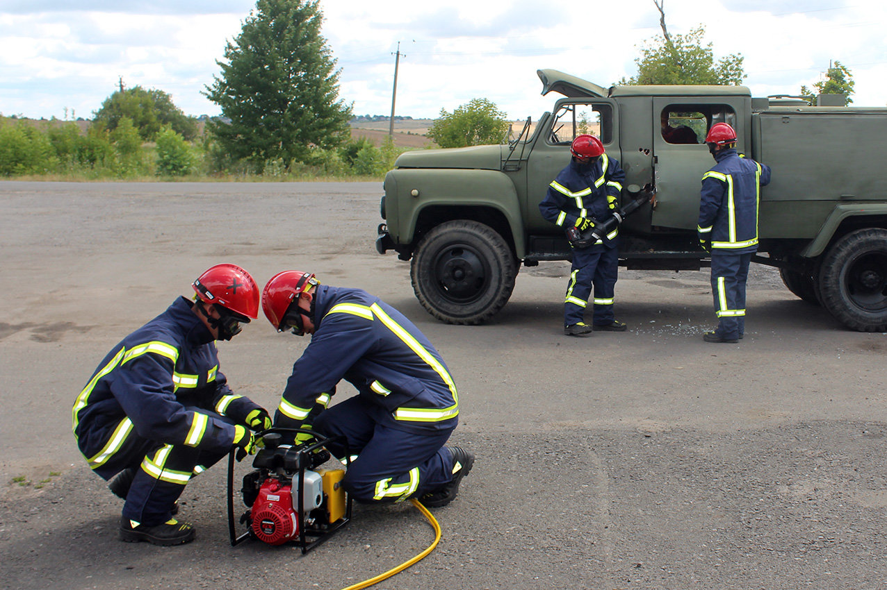 Рятувальники Хмельниччини отримали сучасний мультифункціональний автомобіль , фото-7