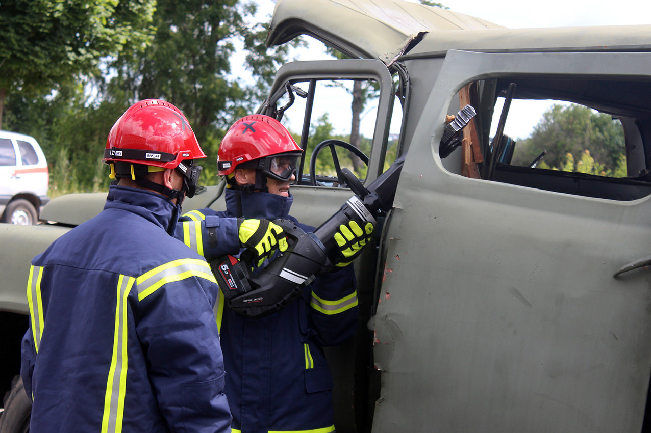Рятувальники Хмельниччини отримали сучасний мультифункціональний автомобіль , фото-8