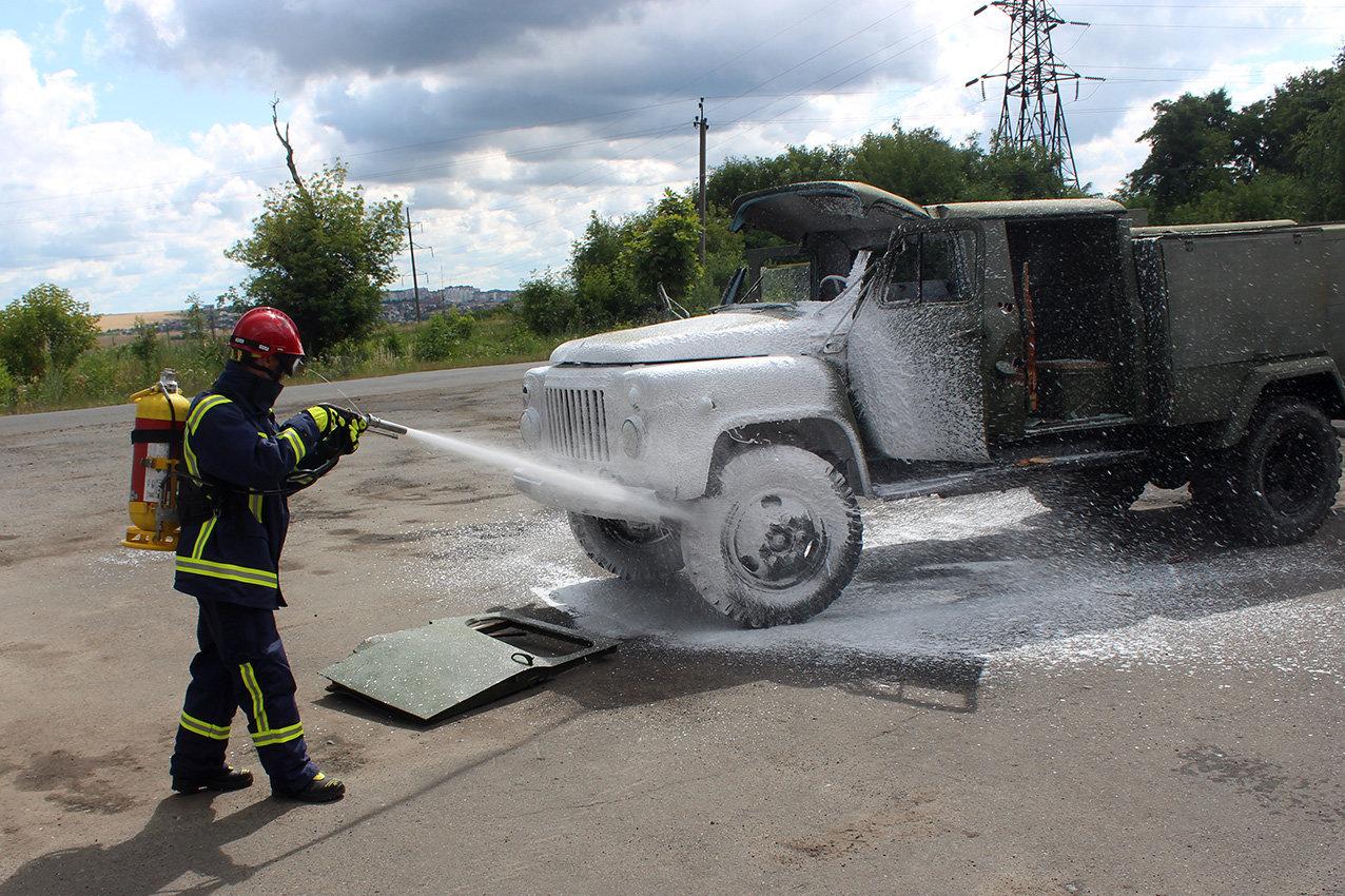 Рятувальники Хмельниччини отримали сучасний мультифункціональний автомобіль , фото-4