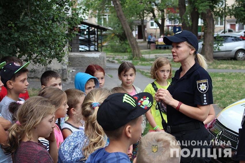 У Хмельницькому триває профілактична акція «Безпечний двір – безпечне місто!»  (фото), фото-2