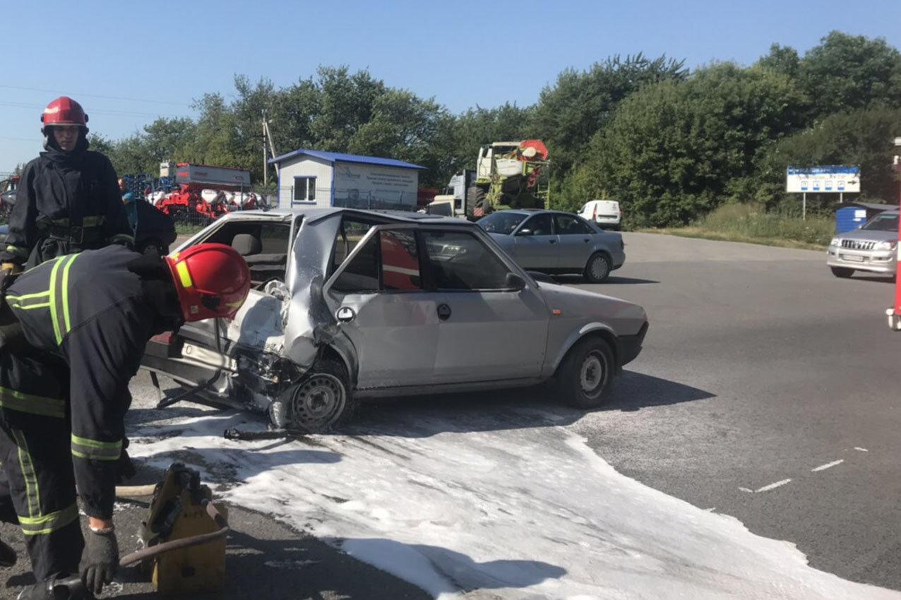 На Хельниччині чотири автомобілі потрапили в ДТП (фото), фото-1