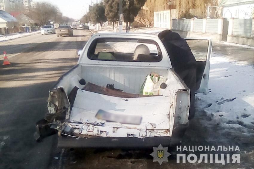На Хмельниччині поліцейські встановлюють обставини двох ДТП, у яких травмувалися четверо осіб, фото-3