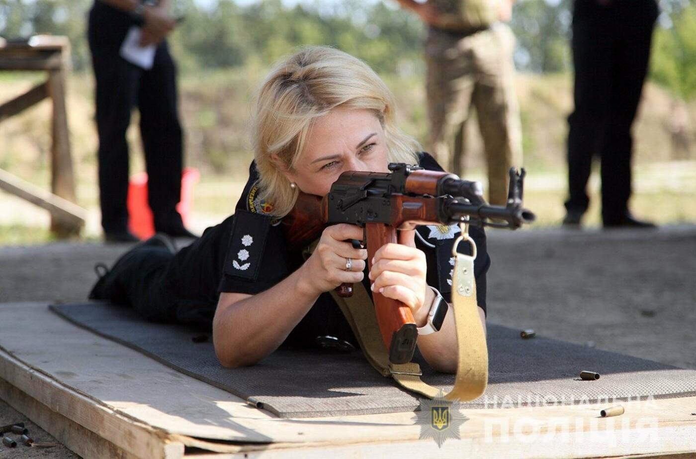 26% від усіх працівників поліції Хмельниччини складають жінки (фото), фото-3