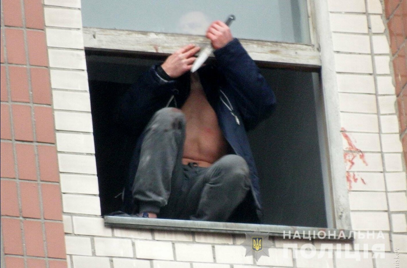 Ревнощі: У Хмельницькому взяли під варту чоловіка, який вбив дружину та хотів вбити знайомого , фото-2