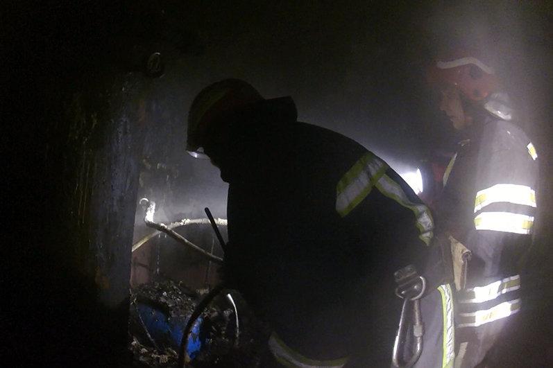 Хмельницький район: вогнеборці ліквідували пожежу житлового будинку на якій травмувався чоловік, фото-1
