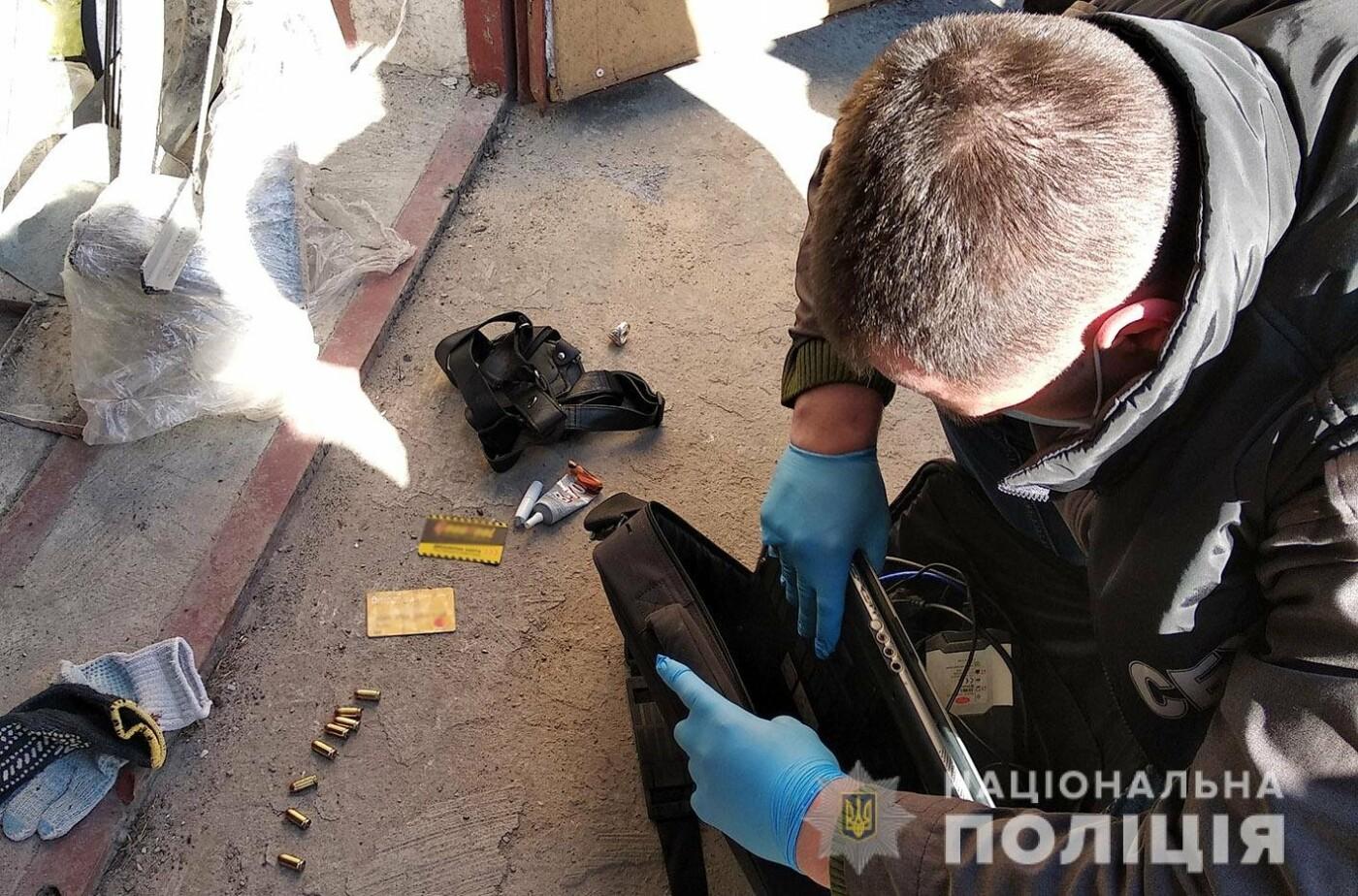 На Хмельниччині зловмисники виготовлювали та збували вогнепальну зброю та боєприпаси , фото-1