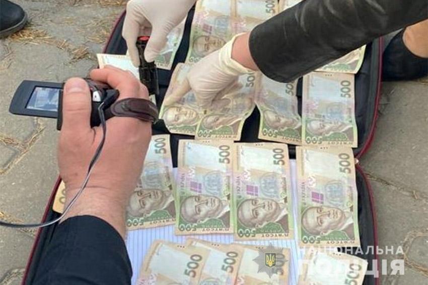 На Хмельниччині поліція затримала на хабарі директора одного з підприємств оборонної галузі, фото-2