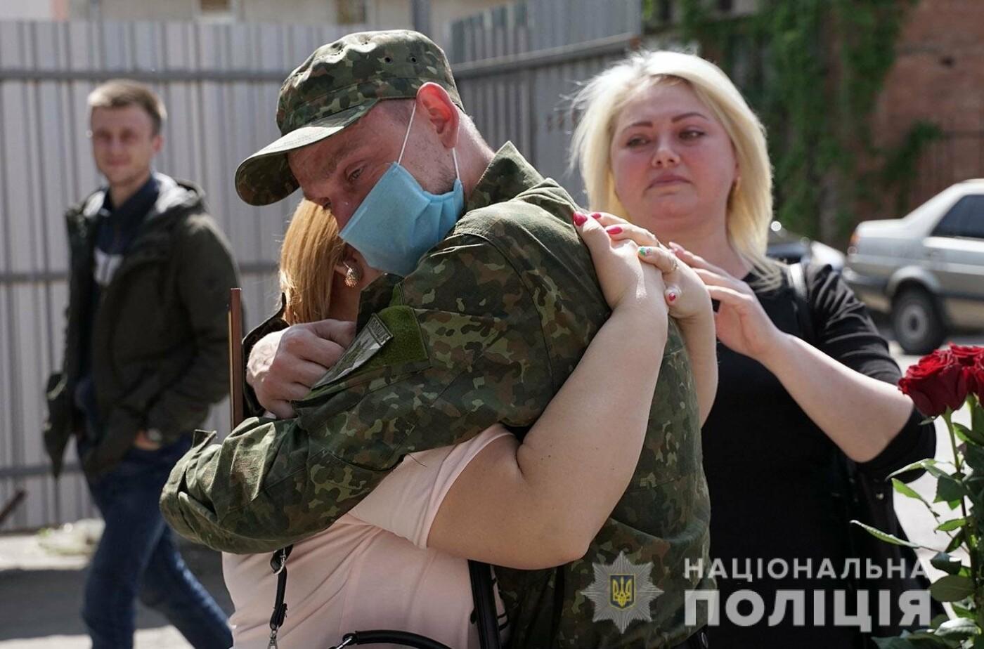 Зведений загін хмельницьких поліцейських повернувся із зони проведення ООС, фото-10