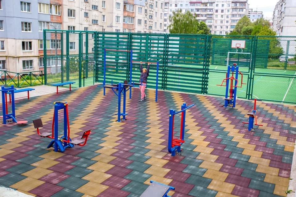 В Хмельницькому за 4 роки облаштували 25 спортивних майданчиків (ФОТО), фото-2