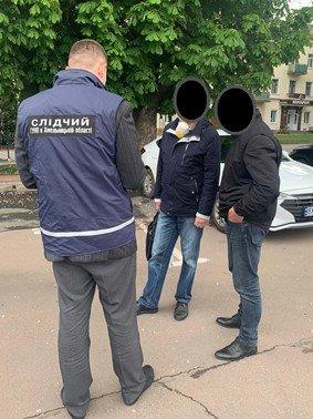 На вимаганні неправомірної вигоди викрито начальника відділу Хмельницької ОДА , фото-1