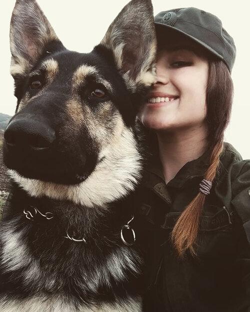 Хмельничанка стала першою дівчиною-кінологом в історії військової частини 3053, фото-2