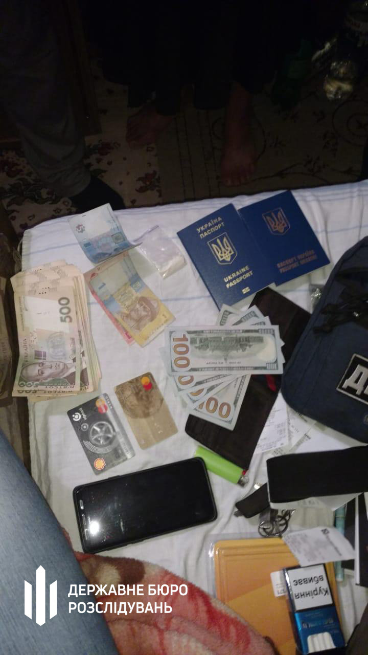 Посадовець Нацполіції продавав наркотики та фальсифікований алкоголь - хмельницькі правоохоронці (ФОТО), фото-10