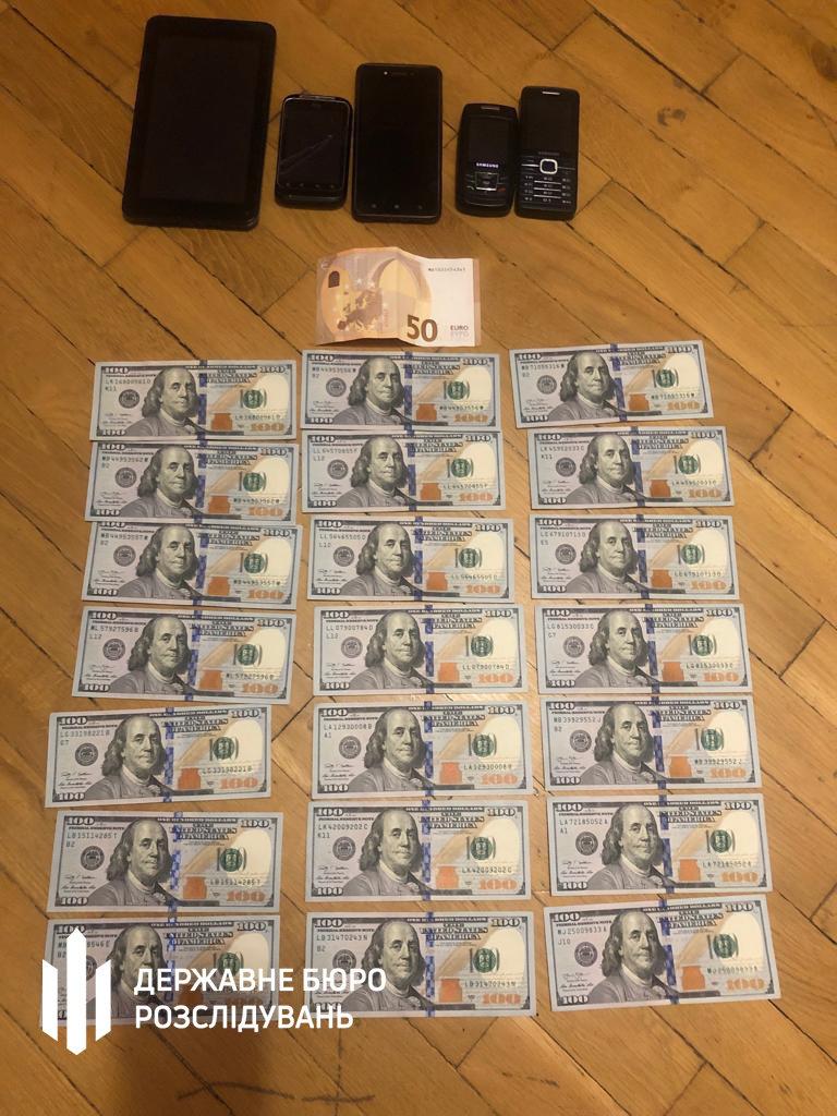 Посадовець Нацполіції продавав наркотики та фальсифікований алкоголь - хмельницькі правоохоронці (ФОТО), фото-6