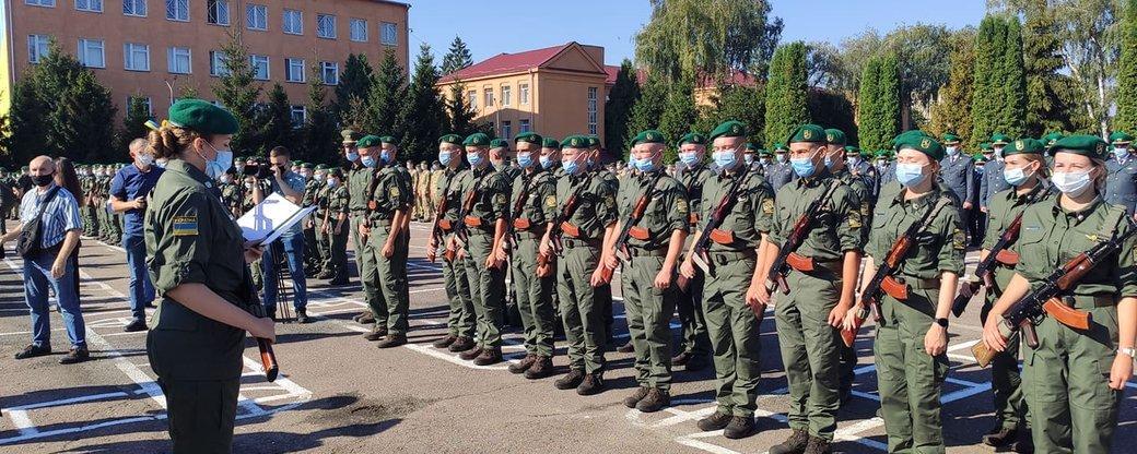 У Хмельницькій прикордонній академії 310 першокурсників склали присягу, фото-1