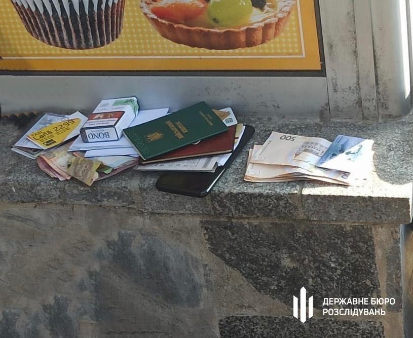 «Злив» інформації: хмельницькі правоохоронці працівника  ДПС затримали «на гарячому» , фото-1