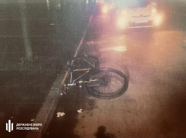 Хмельницькі правоохоронці повідомили про підозру патрульному, який  стріляв у велосипедиста (ФОТО), фото-2