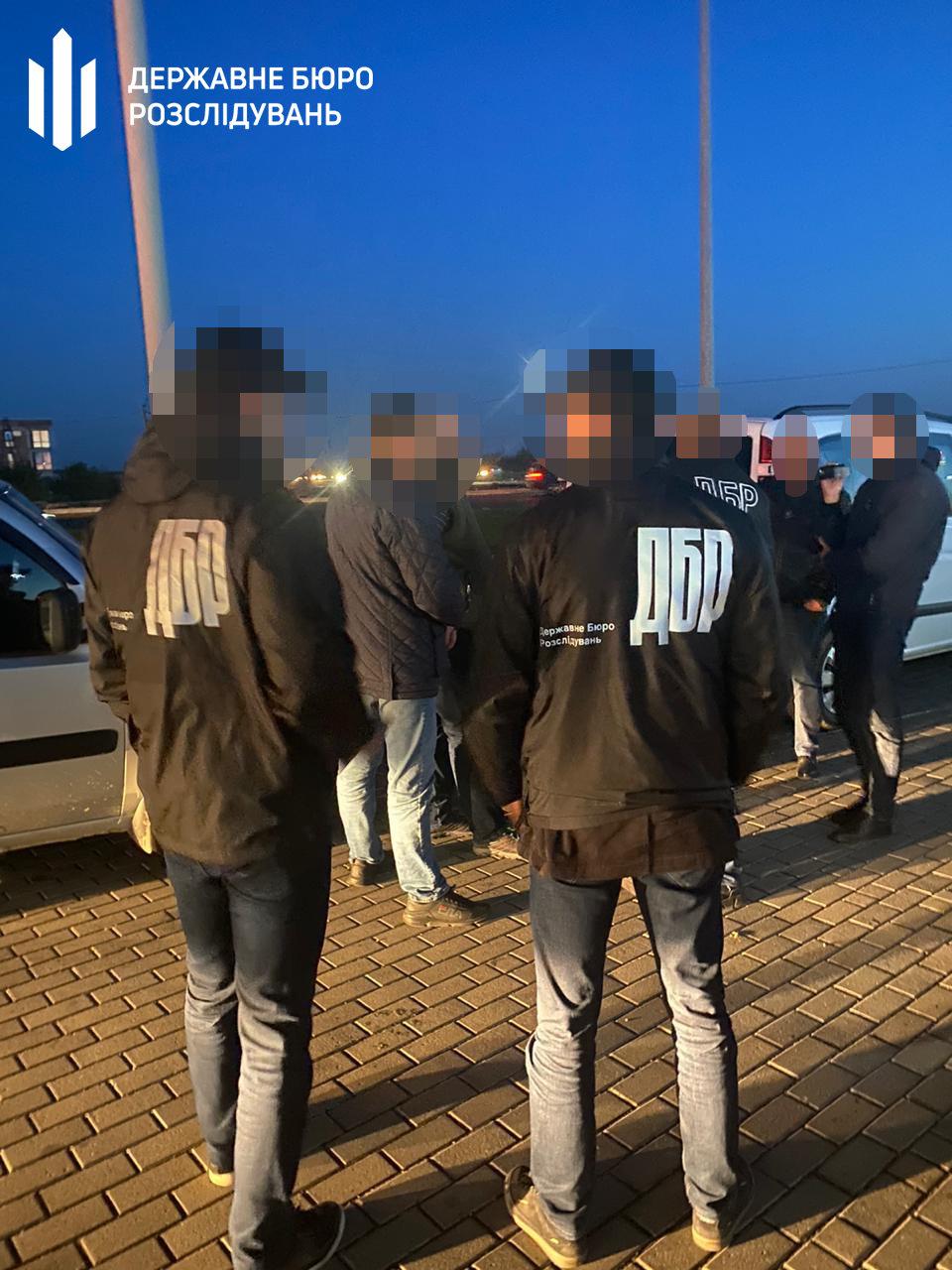 Хмельницькі правоохоронці затримали начальника Управління лісового та мисливського господарства (ВІДЕО), фото-5