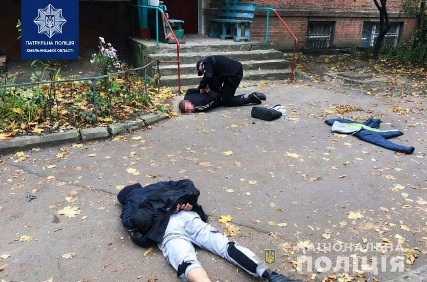 У Хмельницькому патрульні оперативно затримали дует грабіжників (ФОТО), фото-3