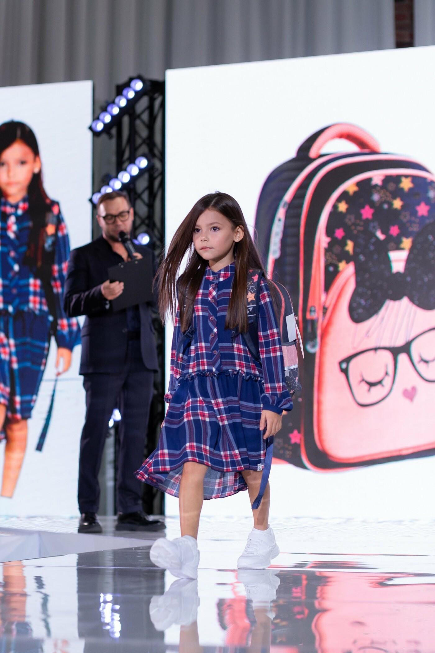 Рюкзаки YES влаштували перший в світі fashion-показ рюкзаків, фото-1