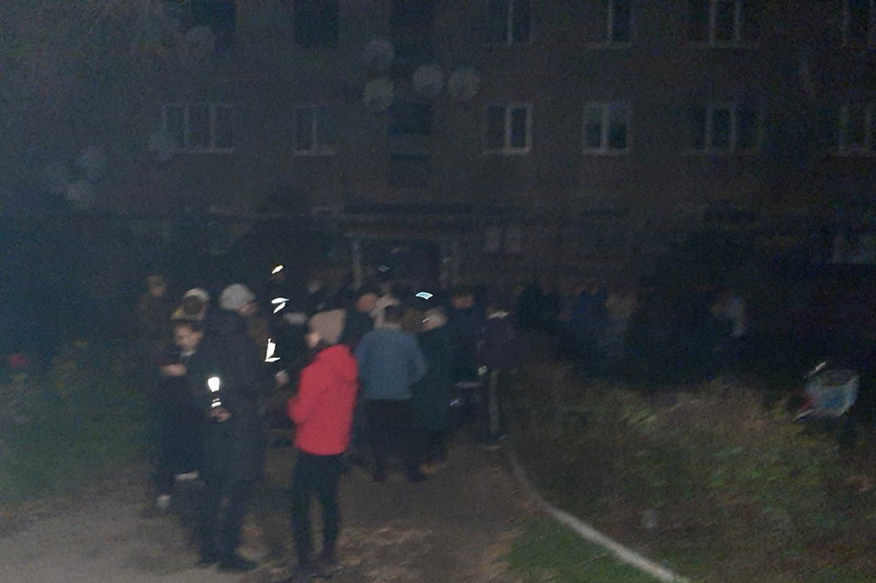 На Хмельниччині під час пожежі загинула людина. Врятовано 82-річну жінку та евакуйовано 8 осіб, фото-1