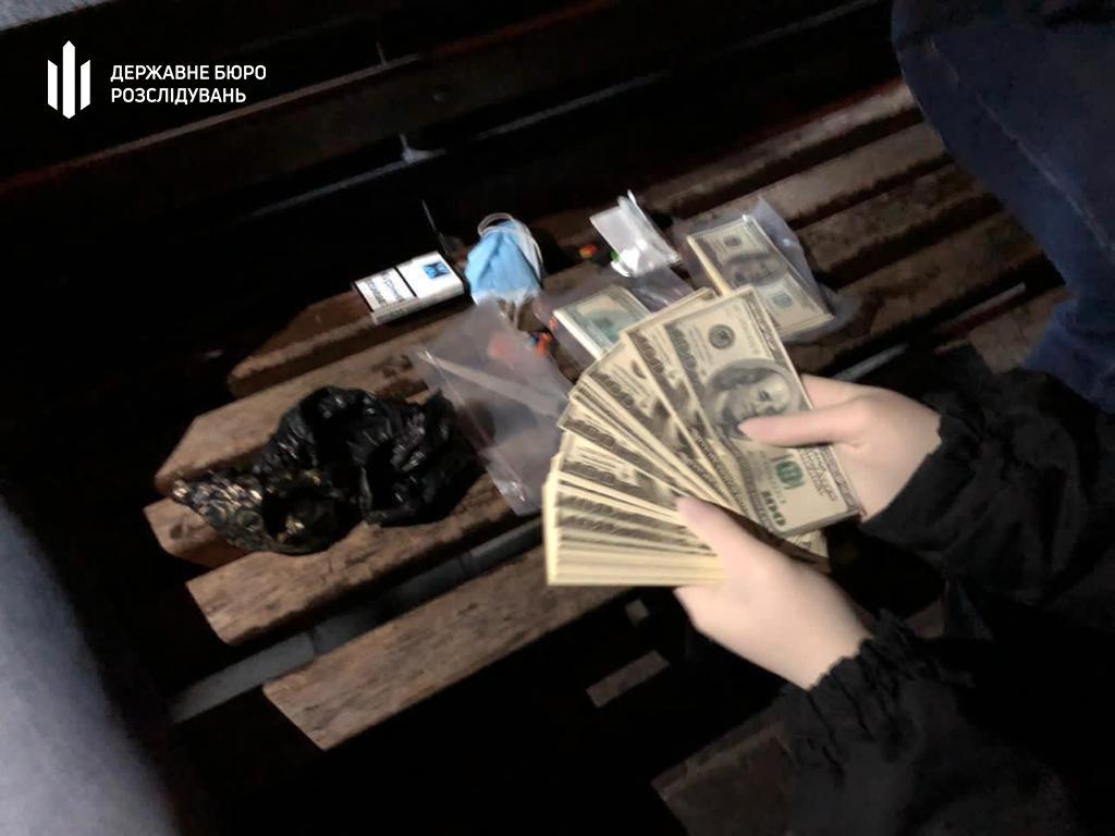 100 000 доларів США за посаду керівника відділення поліції - Хмельницький міськрайонний суд, фото-3