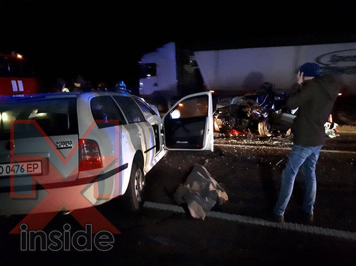 Під Хмельницьким у ДТП загинули люди (ФОТО 18+), фото-1