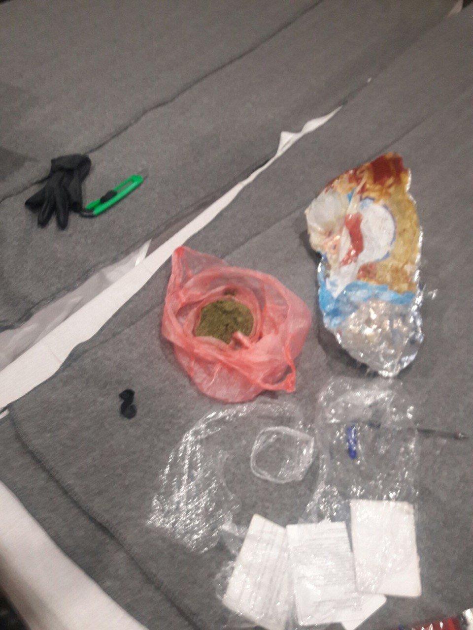 Хмельницький слідчий ізолятор: у сержанта внутрішньої служби знайшли наркотики (ФОТО), фото-5
