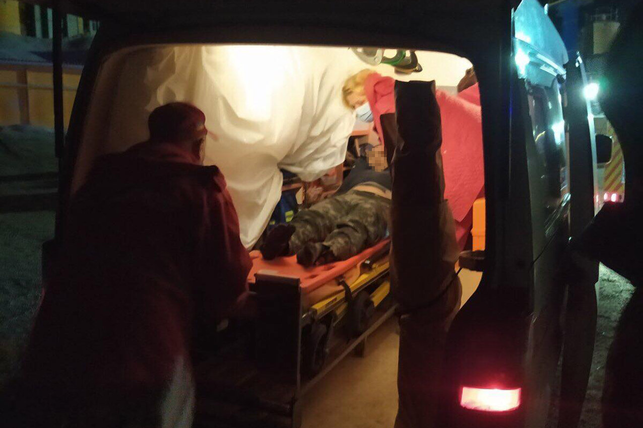 На Хмельниччині надзвичайники врятували з «металевого полону» водія вантажівки, фото-1