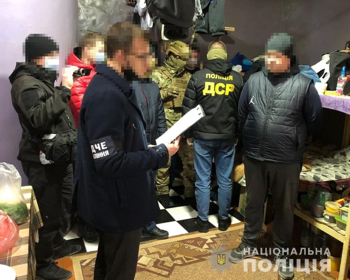 На Хмельниччині затримали «наглядача» СІЗО, фото-2