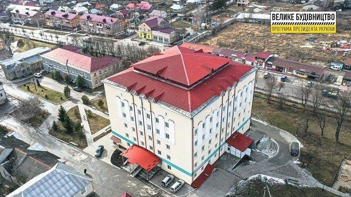 За програмою Володимира Зеленського райцентри на Хмельниччині отримали сучасні приймальні відділення у лікарнях, фото-3