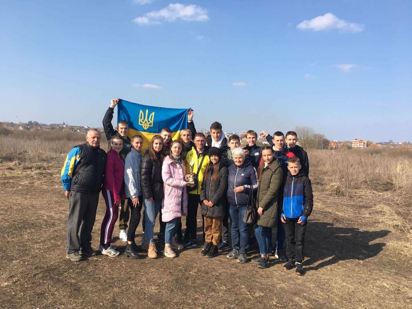 Хмельницькі легкоатлети здобули перемогу на чемпіонаті України, фото-1