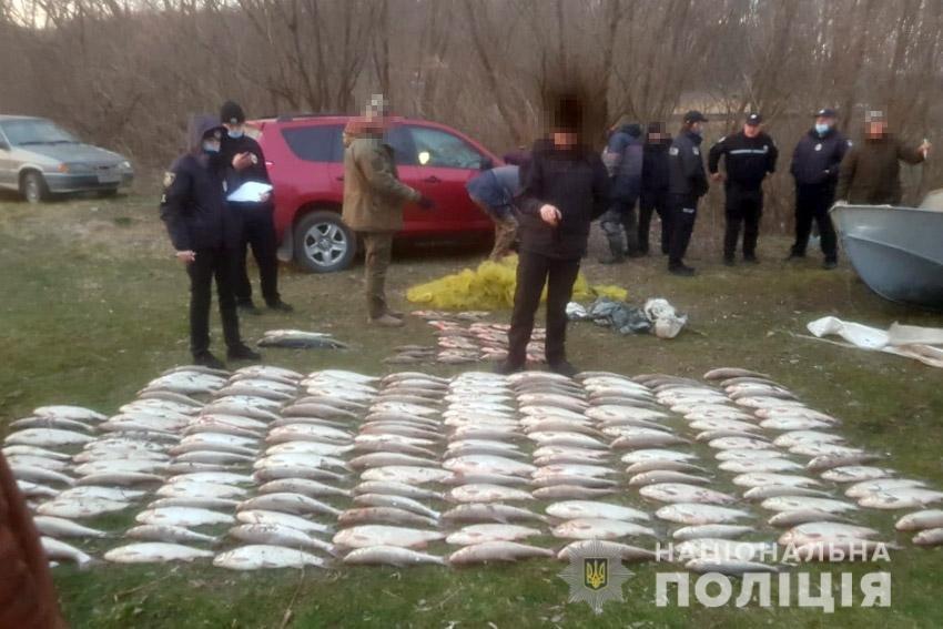 На Хмельниччині браконьєри займались виловом червонокнижної риби (фото), фото-3