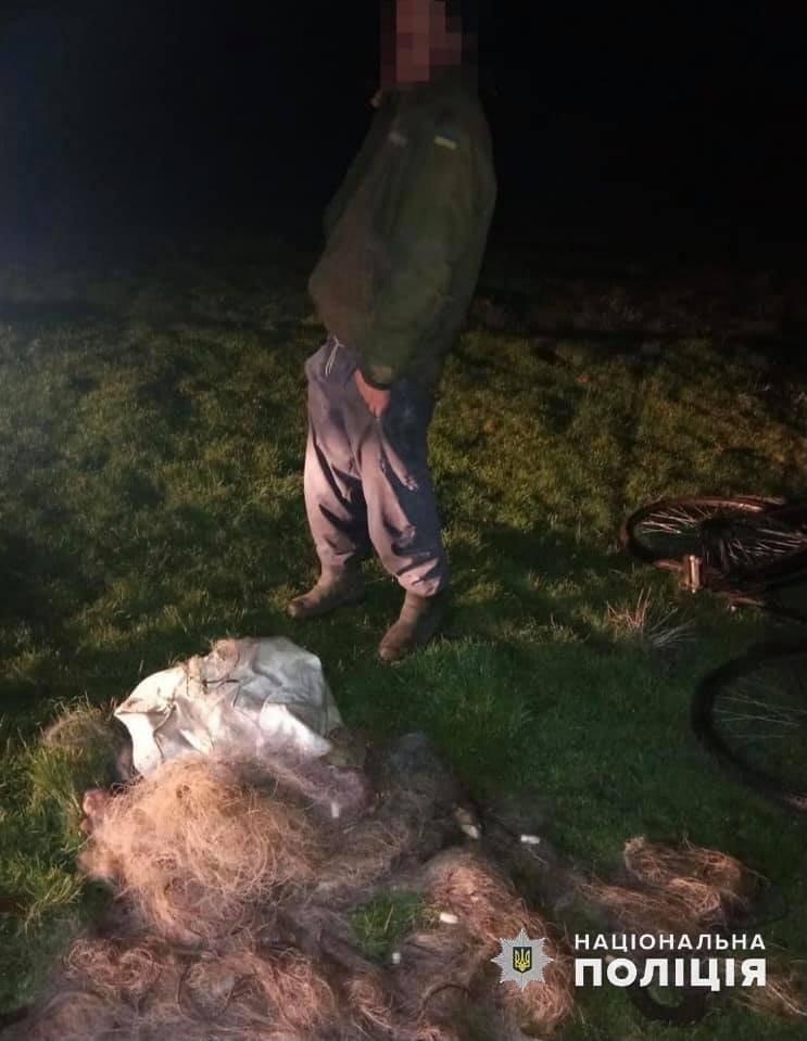 На Хмельниччині поліцейські спільно з єгерями виявили браконьєра, фото-2