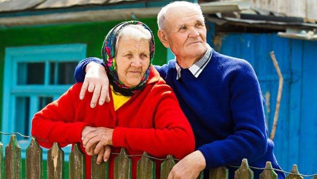 Пенсіонери Хмельниччини можуть залишитись без пенсій через погрози Укрпошти