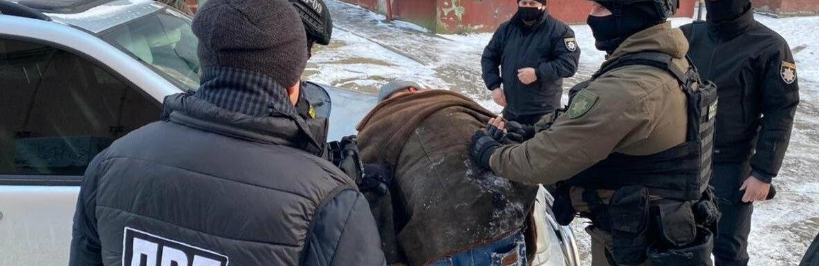 У Хмельницькому чоловік намагався відкупитись від кримінальної відповідальності , Палій Вадим